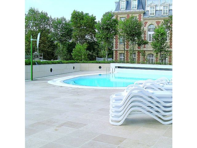 Miroir piscine agenc mag devis gratuit for Securite piscine miroir